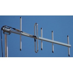 AUC-5F - Antena directiva 5 elementos UHF 475-490 MHz